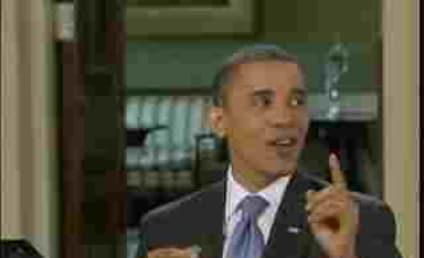 Obama Kills Fly, Talks Financial Regulations