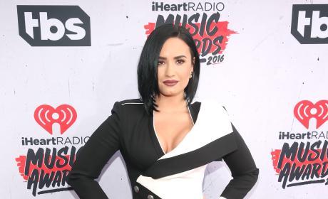 Demi Lovato: 2016 iHeartRadio Music Awards