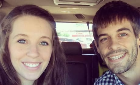 Duggar Family Courtship Application: Revealed! Bizarre! 423 Questions Long!!