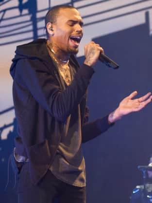 Chris Brown Singing Live
