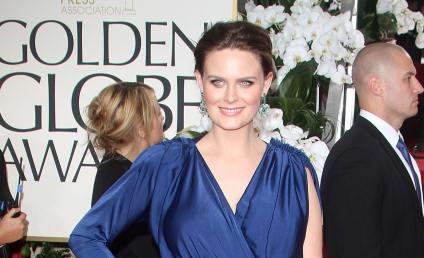 Golden Globes Fashion Face-Off: Emily Deschanel vs. Zooey Deschanel