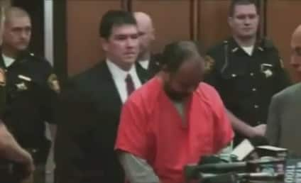 Ariel Castro Pleads Not Guilty to 329 Counts of Rape, Torture, Murder