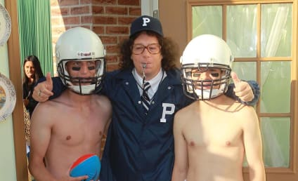 Jeffrey Ross Dresses Like Joe Paterno, Cracks Colorado Shooting Jokes at Comedy Central Roast