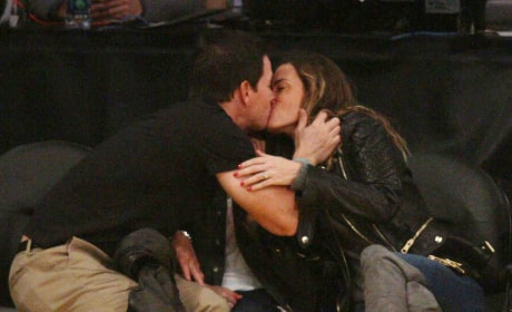 Mark Wahlberg Gives Rhea Durham A Smooch at The Lakers Game
