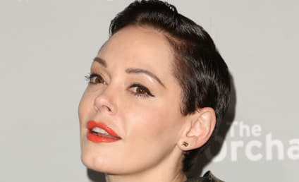 Rose McGowan Offers Advice to Gas Station Attendant