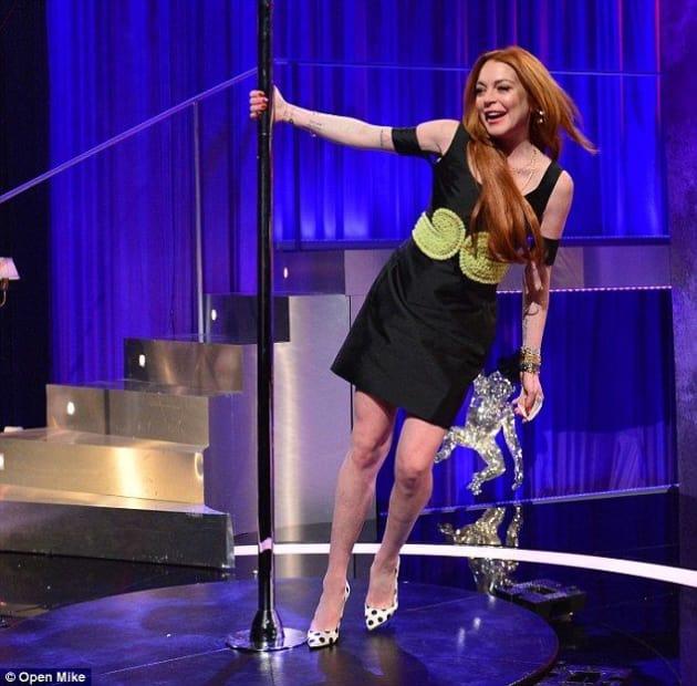 Lindsay Lohan Pole Dances On British Tv Continues To Make