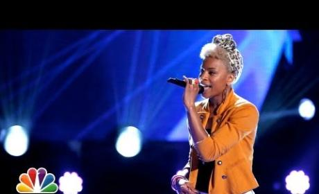 Ashley DuBose - Diamonds (The Voice Blind Audition)