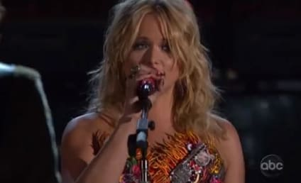 Miranda Lambert: The Fastest Girl in Town at 2012 Country Music Awards!