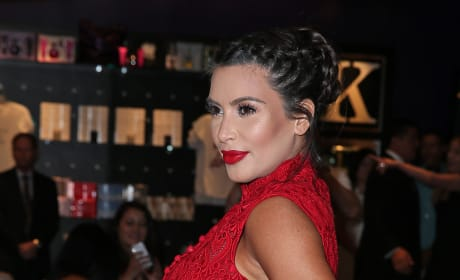 Pregnant Kim Kardashian in Red