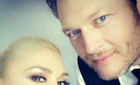 Gwen Stefani and Blake Shelton Selfie