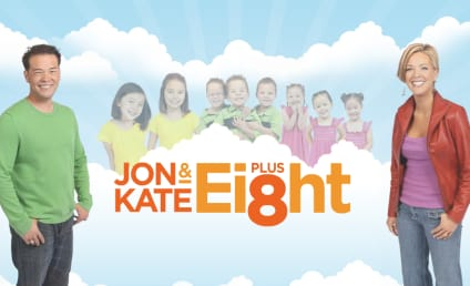 Jon, Kate, Eight, Camera Crew Reunite For July 4