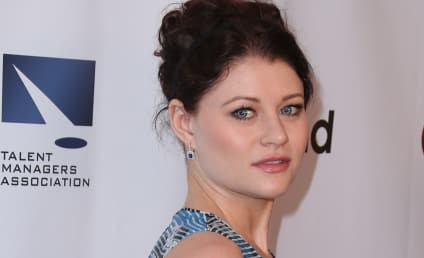 Emilie de Ravin Gives Birth to Baby Girl!