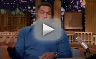 Michael Strahan Talks Football on The Tonight Show