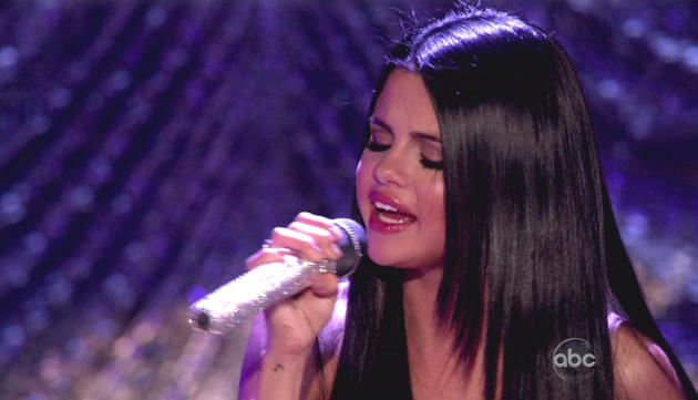 Selena Gomez Sings on DWTS