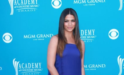 ACM Awards Fashion Face-Off: Camila Alves vs. Faith Hill