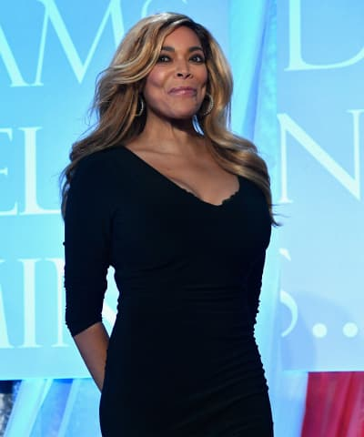 Wendy Williams Stands Up