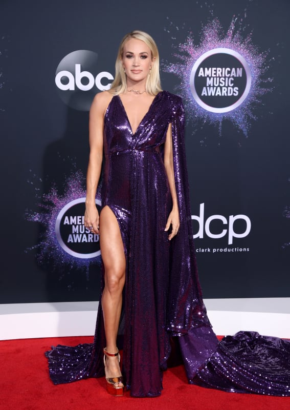 Carrie underwood at 2019 amas