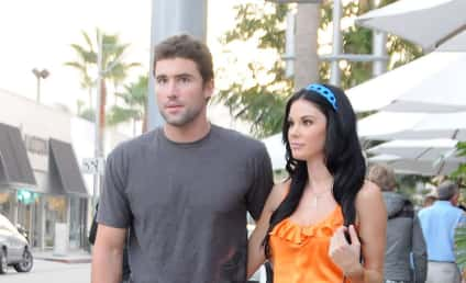 Brody Jenner, Jayde Nicole Suck Face at Super Bowl