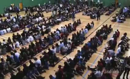 """Quebec School Gathers for Greatest """"Cups"""" Performance in Internet History"""