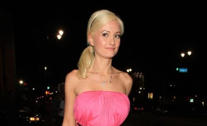 Holly Madison: Pose in Playboy, Jennifer Love Hewitt!