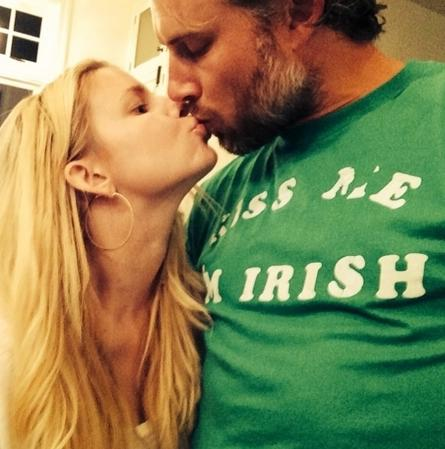 Jessica Simpson Kisses Eric Johnson
