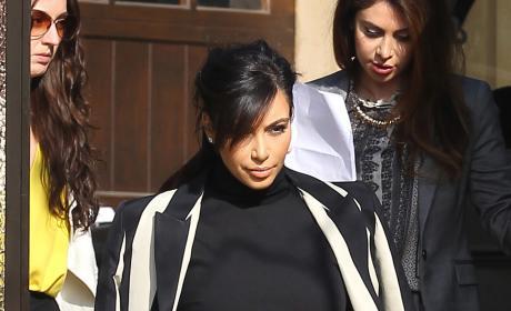 Pregnant Kim Kardashian Pic
