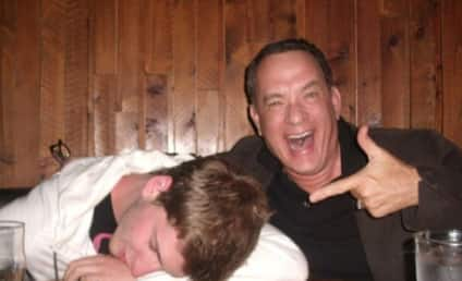 Tom Hanks Photos: Dude Pretends to Be Drunk With Actor at Diner, Posts on Reddit
