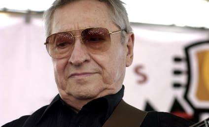 Scotty Moore Dies; Guitarist For Elvis Presley Was 84