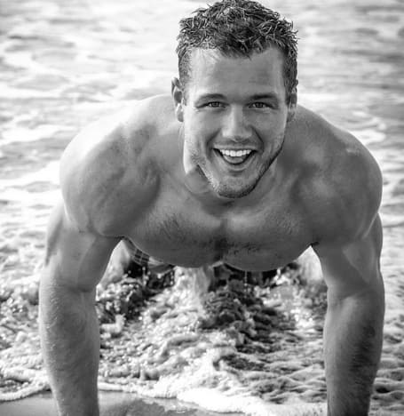 Colton Underwood Ocean Workout Pic