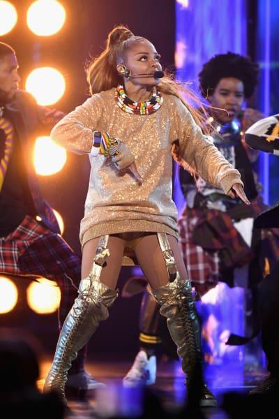 Janet Jackson Dancing