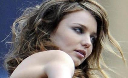 Miranda Kerr Channels Inner Mischa Barton