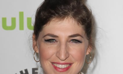 Mayim Bialik Explains Divorce Blogging, Cathartic Jewish Experience