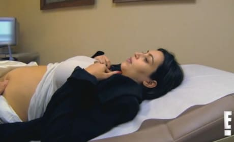 Keeping Up with the Kardashians Clip: In Pain!