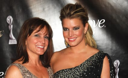 Jessica Simpson and Mother: BOTH Headed to Rehab?!