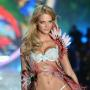 Erin Heatherton in Victoria's Secret show