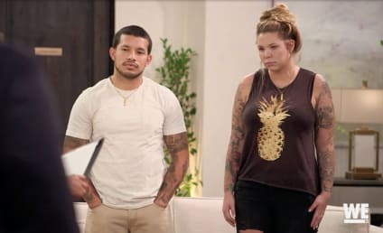 Javi Marroquin Gets Lap Dance From Mystery Woman on Marriage Boot Camp