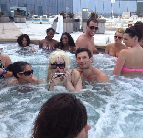 Thg Caption Contest Amanda Bynes Goes For A Swim The Hollywood Gossip