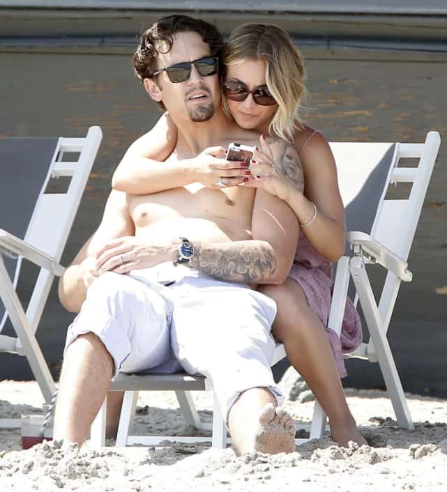 Kaley Cuoco and Ryan Sweeting at the Beach