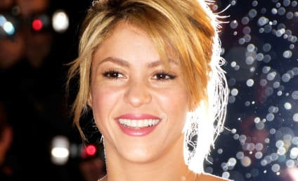Shakira: Pregnant with First Child!
