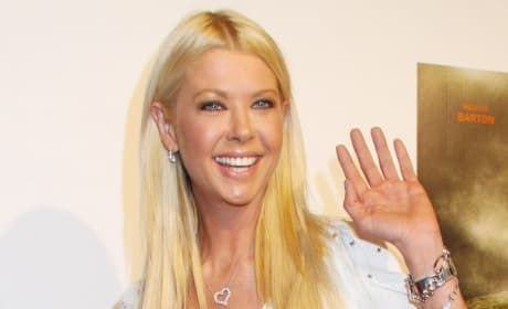 Tara Reid Waves