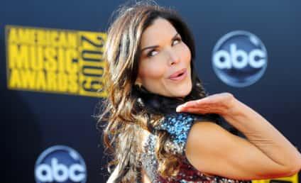 Lauren Sanchez to Co-Host The View*