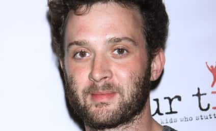 Eddie Kaye Thomas Calls Cops Over Knife-Wielding House Guest