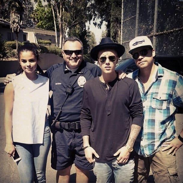 Justin and Selena at the Zoo