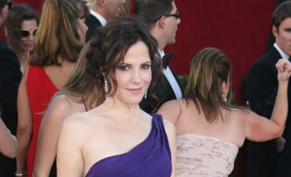 Mary-Louise Parker Breaks Off Engagement