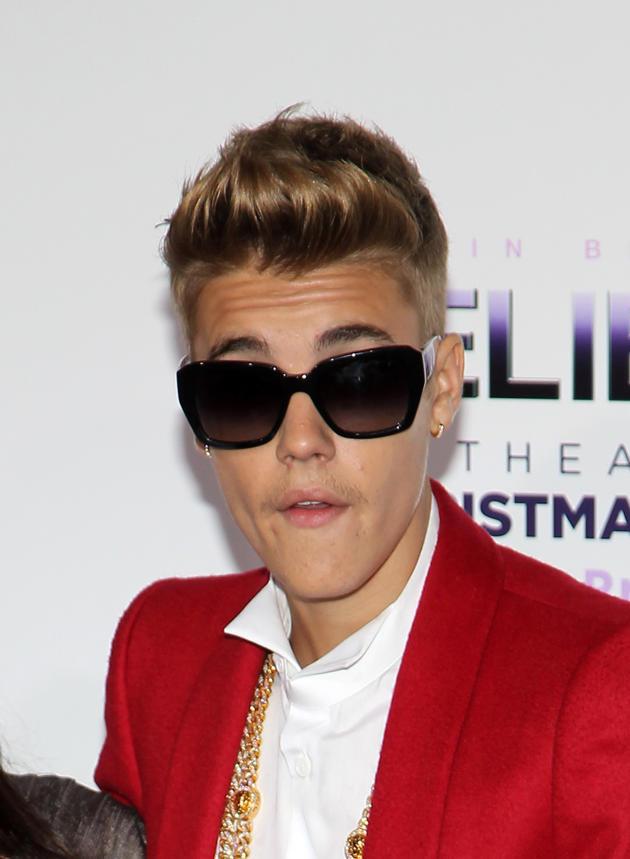 Justin Bieber Rocks the Red Carpet