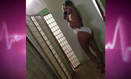 Kim Kardashian Selfie