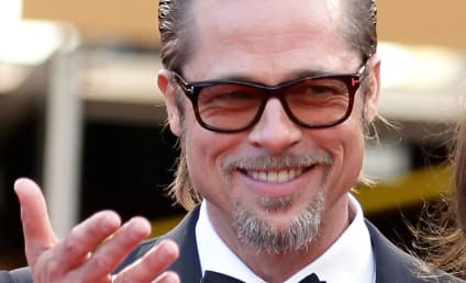 Brad Pitt and Marion Cotillard: Spotted Nearly Kissing!!!!!!