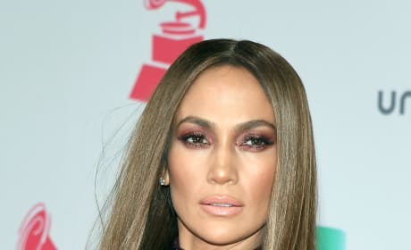 Jennifer Lopez is Hot