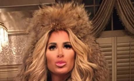 Another Kim Zolciak Selfie