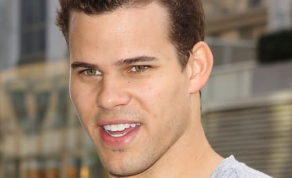 Kris Humphries Injures Shoulder, Prognosis Troubling